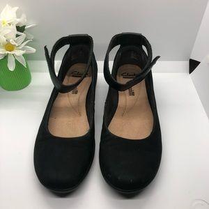Clark's soft cushion black ankle strap shoes